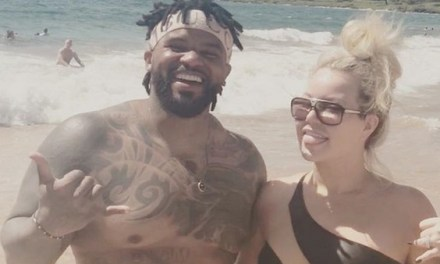 Prince Fielder And family Wore Matching Outfits on Vacation