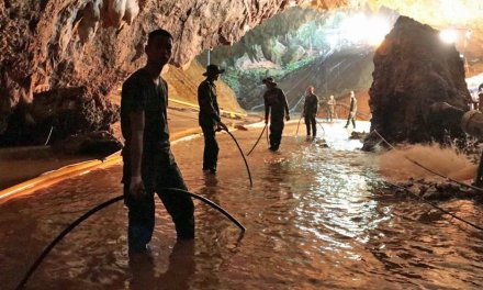 Four More Thai Boys Rescued from cave in Rescue's 2nd Day