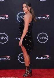 danica-patrick-and-aaron-rodgers-make-red-carpet-debut-at-espys-before-she-hosts-awards-show-1_MTU3MTIxOTI3MTgwMTk5MDMw