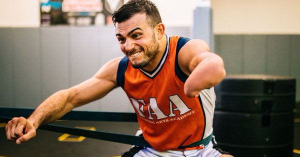 One-Handed Man Nick Newell Loses Contract Opportunity to Fight in UFC