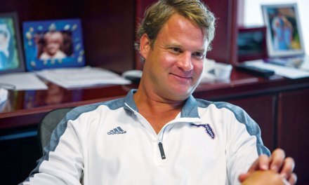 Lane Kiffin Trolls LSU and Their Fans