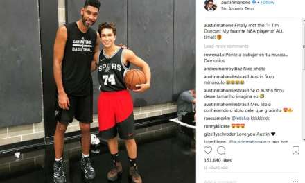 Tim Duncan Hung out with Austin Mahone at Spurs Facility