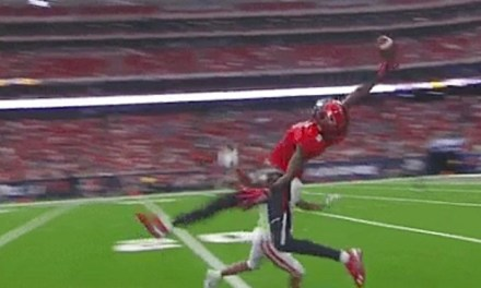 Texas Tech's T.J. Vasher Made an Odell Beckham Jr. Style One Handed Grab