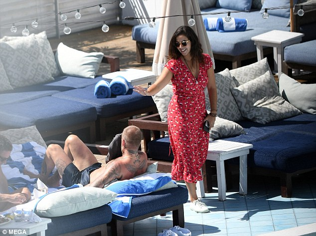 Solo David Beckham Hits up a Pool in Miami