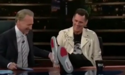 Jim Carrey Supports Colin Kaepernick and Nike