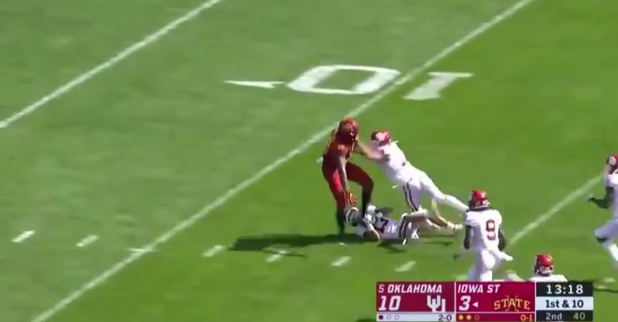 Iowa State Receiver Runs Through Defenders on His Way to a Touchdown
