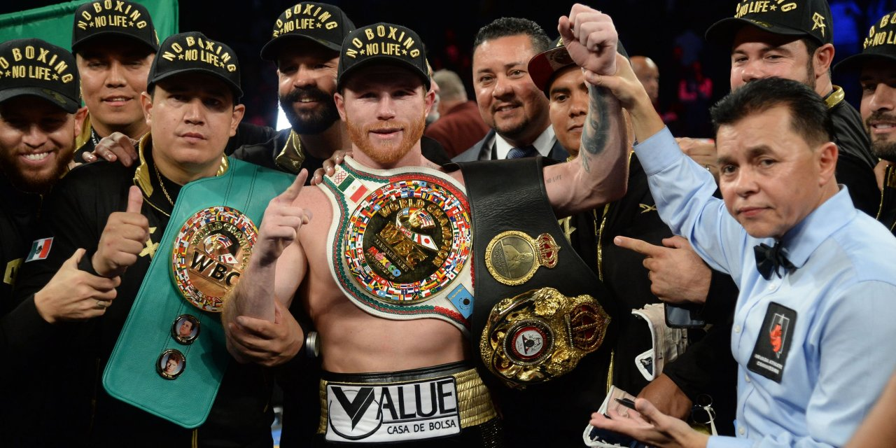Canelo Alvarez Becomes the New Middleweight Champion after Majority Decision over Gennady Golovkin