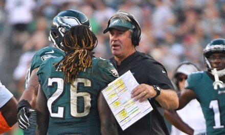 Jay Ajayi Questions Eagles' playcalling Saying It 'Doesn't Make Sense'