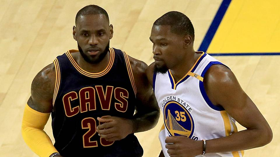 Kevin Durant Strongly Denies Rumors that LeBron Tried to Recruit Him to Join the Lakers