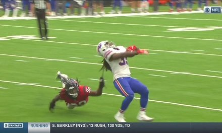Jadeveon Clowney Tackled Chris Ivory by Pulling Him Down by His Dreadlock