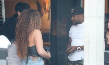Floyd Mayweather Lunches with Two Ladies