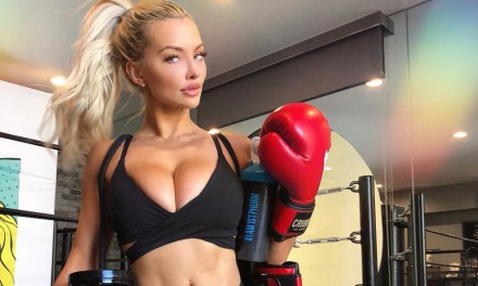 Lindsey Pelas is a Knockout, Dominate NBA Rookies & Ravens Lose in Stunning Fashion