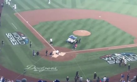 91-Year-Old Tommy Lasorda Threw Out the First Pitch Before Game 3 of the World Series