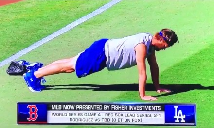 Clayton Kershaw's Push-Up Form Needs Some Work