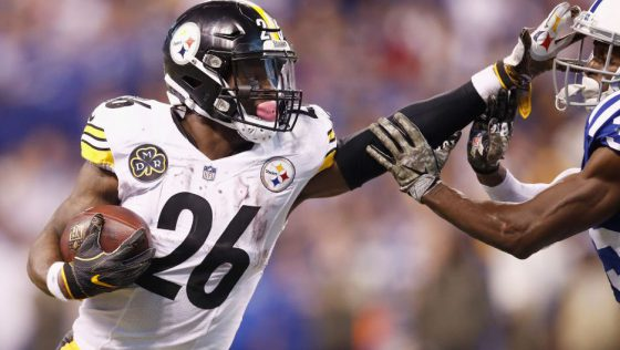 Le'Veon Bell Sent Out Two Bizarre and Upside-Down Tweets