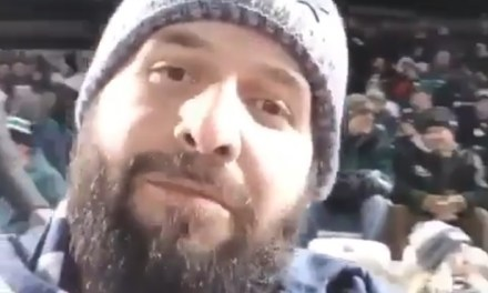 Cowboys Fan Challenged a Bunch of Eagles Fans To Come Sit Him Down
