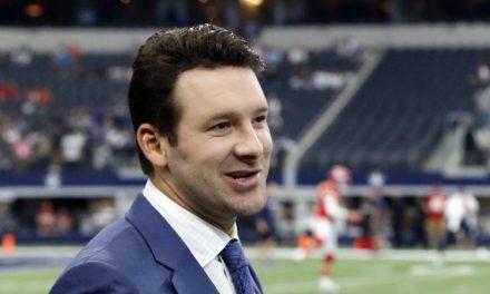 Tony Romo Crushed it Calling His Last Game of the Season