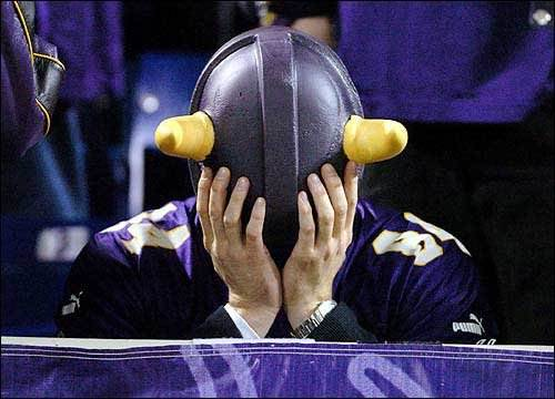 Vikings Fans Say That Eagles Fans Urinated On Their Friend's Hat