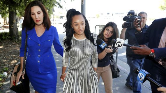 Reuben Foster's Ex Elissa Ennis Questions 49ers' Role in Investigation