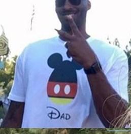 Kobe Bryant Bearing the Rain and Cold At Disneyland