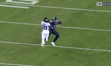 Derrick Henry Tossed Defenders Aside on His Way to a 99-Yard Touchdown Run