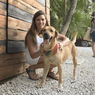 danica-patrick-dog-lover_MTYwNjI1NzkyMzcxMDA5MDcw
