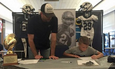 Texas Youth Football League Requires Players to Sign Letters of Intent