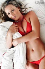 Lindsey-Vonn-red-sexy-bikini_MTYxNjk1OTA5MjQyNTQ1NDU0