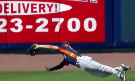 Tim Tebow Was Robbed of Extra Base Hits