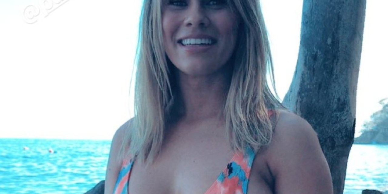 UFC Fighter Paige VanZant Does Her First Sports Illustrated Swimsuit Photo Shoot