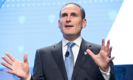 Pac-12 Commissioner Larry Scott is Fancy With His Choice of Accommodations in Las Vegas