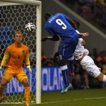 Balotelli's goal gives italy 2-1 win over England