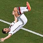 Miroslav Klose leveled World Cup top scorer Ronaldo