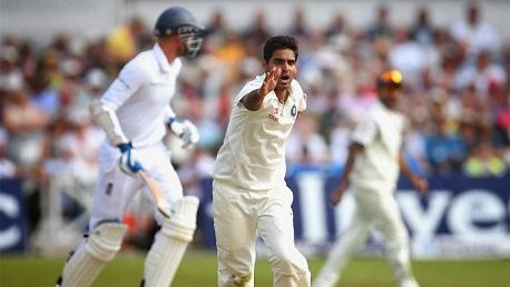 Bhuvneshwar-Kumar-Mohammed-Shami-England-v-India-1st-Investec-Test 1