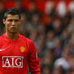 """United fans hire a plane to display """"COME HOME RONALDO"""" banner at Real match"""