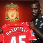 Liverpool sells Mario Balotelli's shirts on a sum of £50,000
