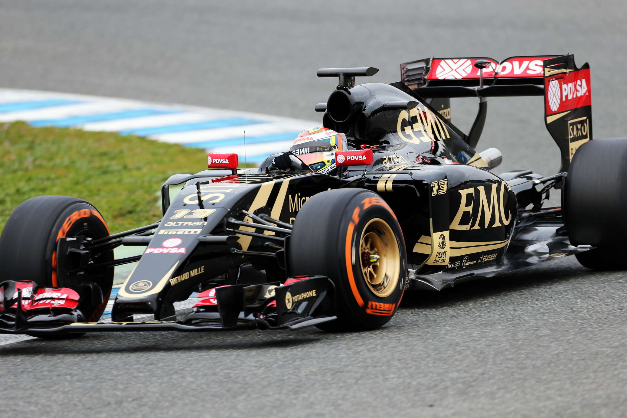 F1 Lotus Look To Open Their Account Sportsjuggle
