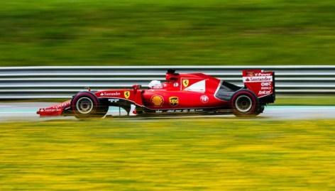 Vettel-Ferrari-AustrianGP-FP-2015-800x450