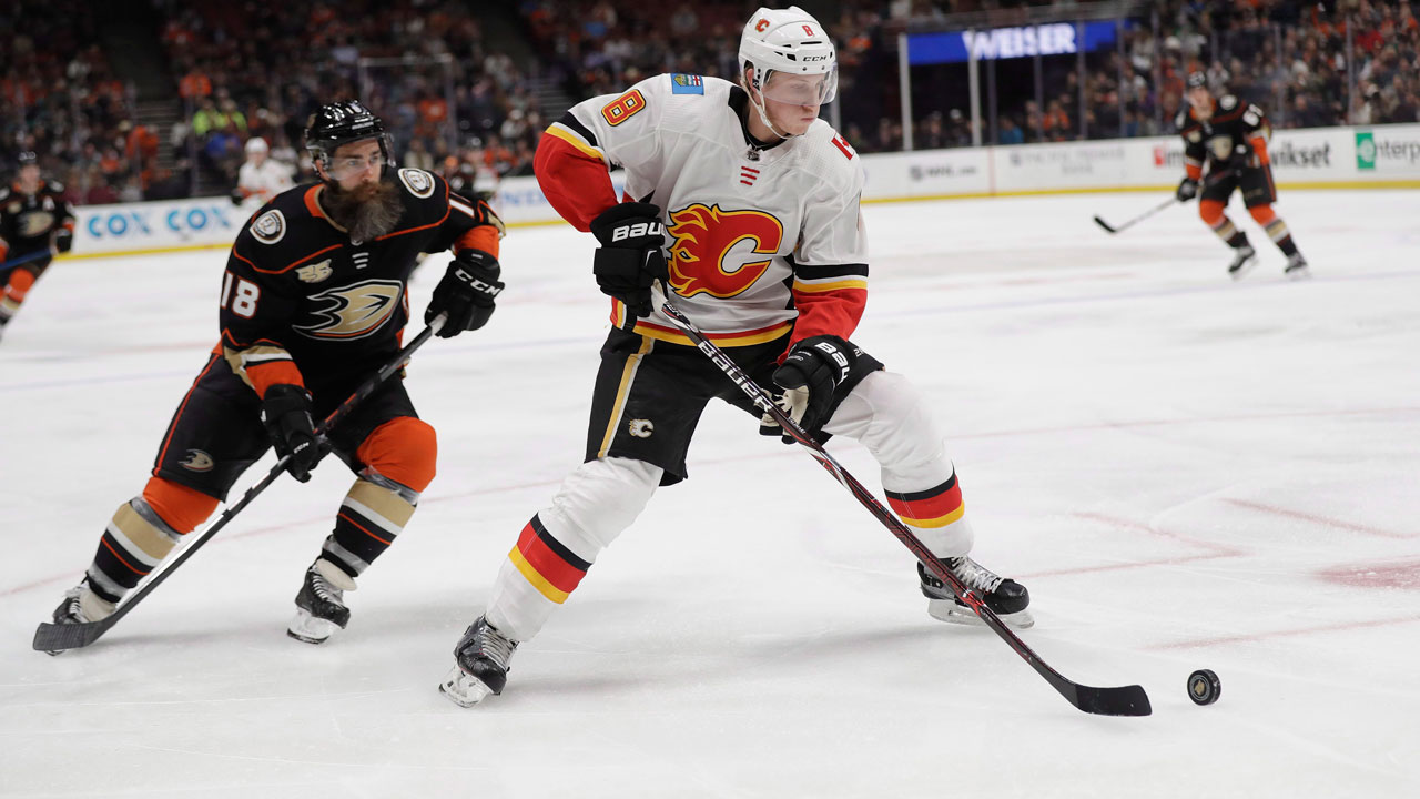 Photo of Why Flames' Valimaki is unlikely to make his return this summer season – Sportsnet.ca