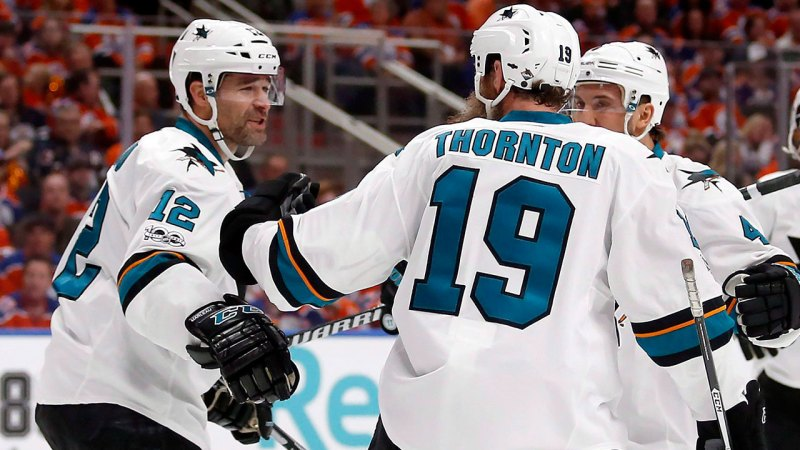 Sharks fans welcome Patrick Marleau back with standing ovation - Sportsnet.ca