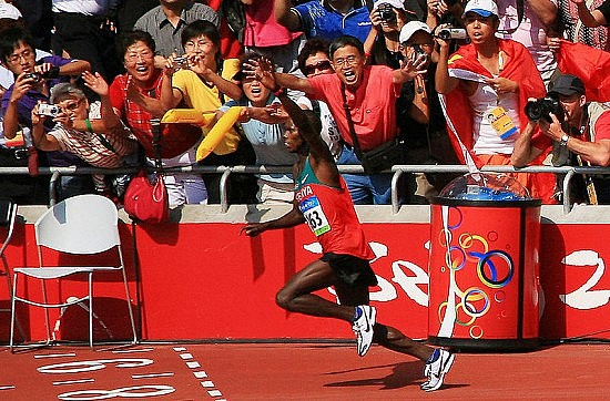 Samuel Wanjiru at the 2008 Summer Olympics. Photo by  正在休渔期