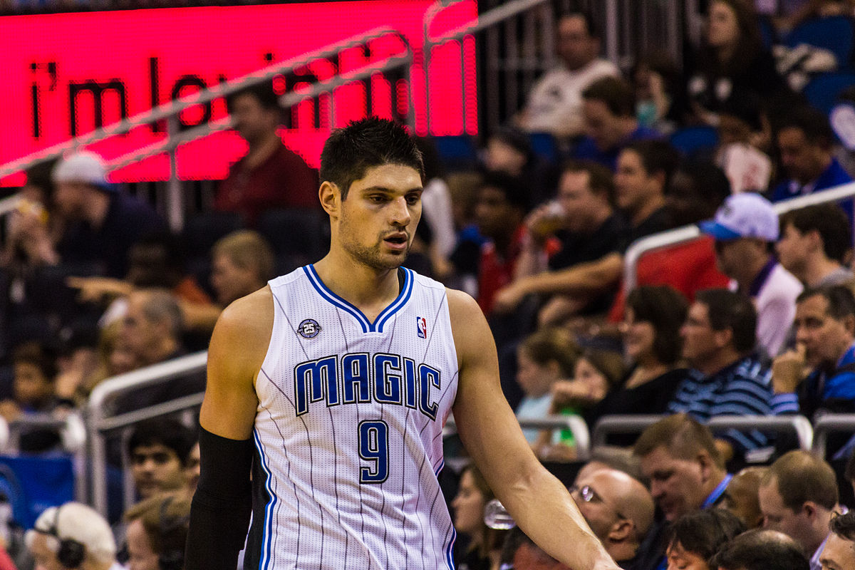 Nikola_Vucevic_Dec_2013