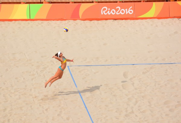 Athletes seem to be enjoying competing on an iconic beach.