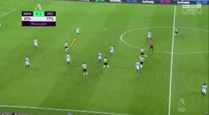 Note how the Spaniard is already beginning to run towards Aymeric Laporte, in anticipation of David Silva heading the ball to him.