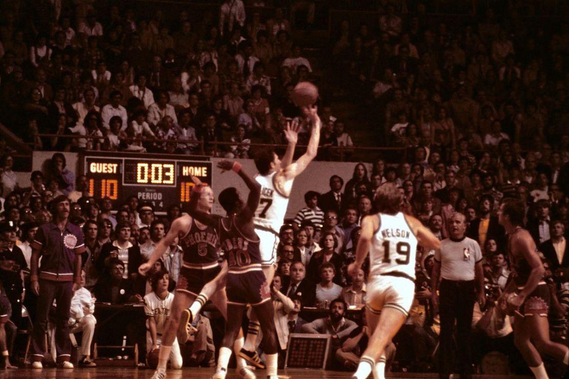 Boston Celtics vs Phoenix Suns (1976)