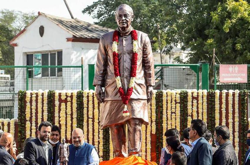 Arun Jaitley's statue unveiled at the Feroz Shah Kotla