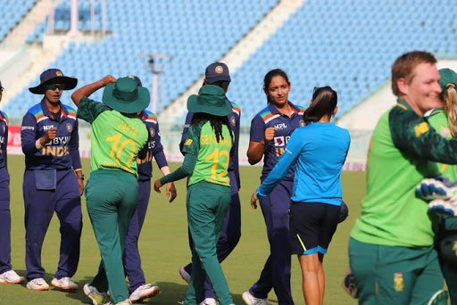 South Africa women beat India by 5 wickets, win series 4-1