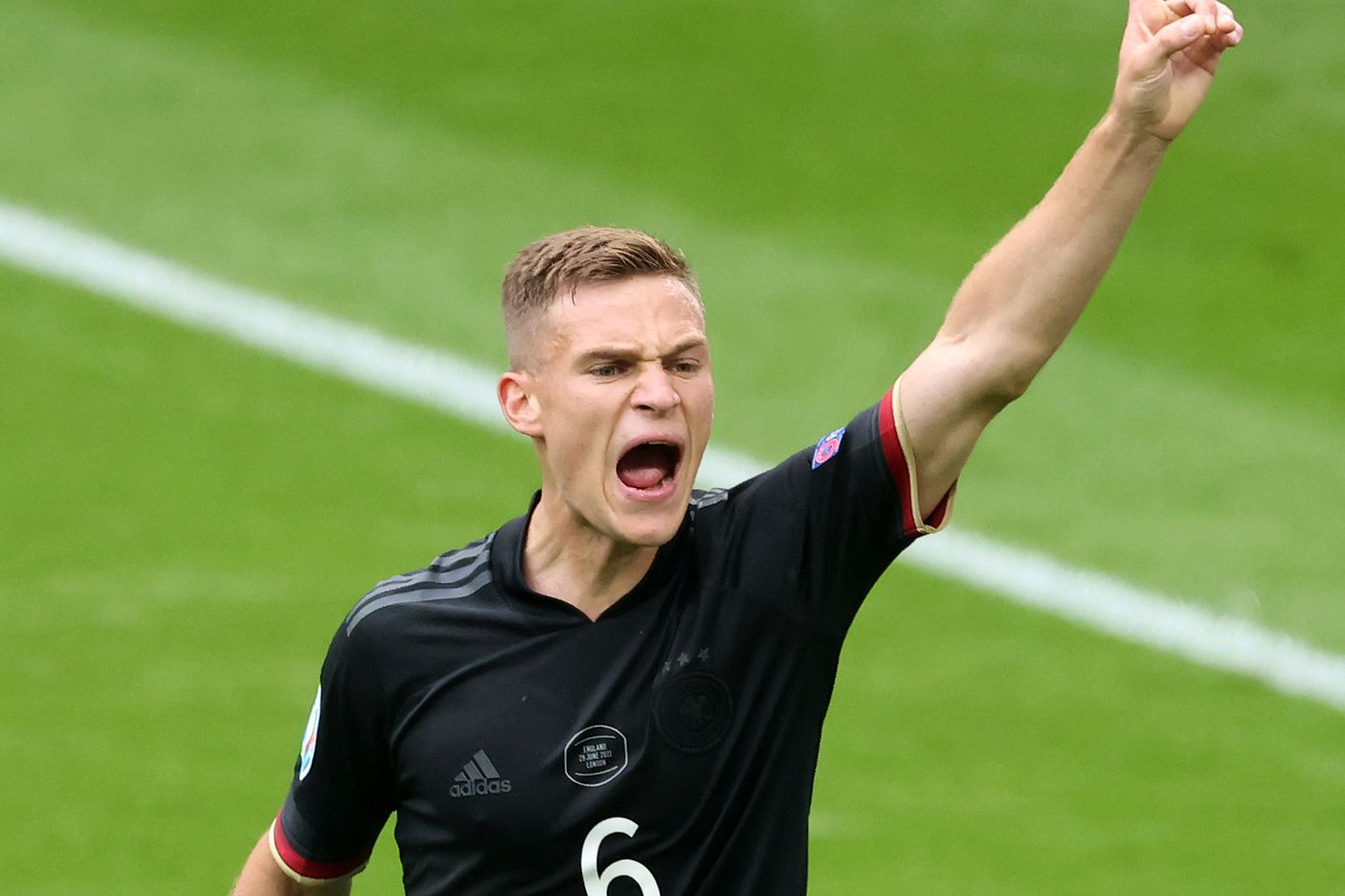 Bayern Munich signs contract expansion with Joshua Kimmich till 2025