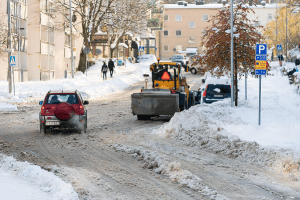 Reasons Commercial Snow Removal Services Can Help Your Business