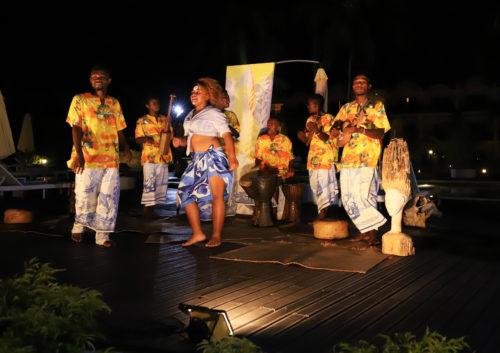 Un momento dello spettacolo di suoni e danze del Madagascar organizzato da Eden Viaggi
